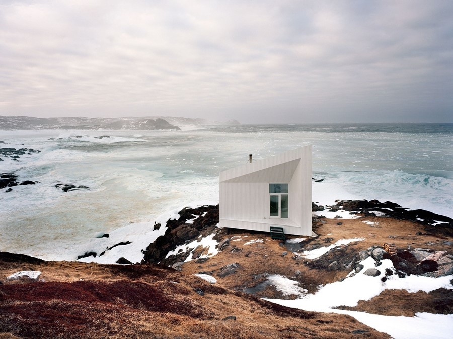 Fogo-Island-Arts-Studio-surrounded-by-the-rugged-l