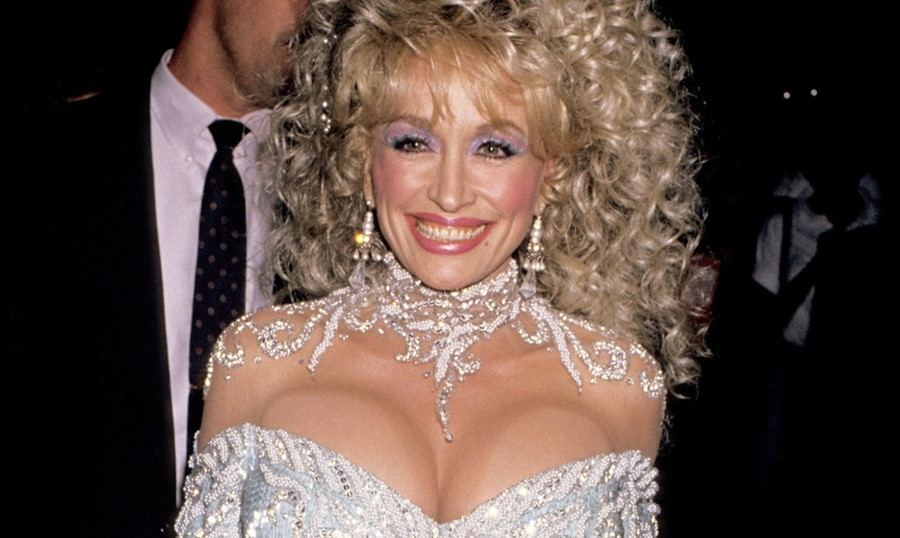 Dolly-Parton-Lead
