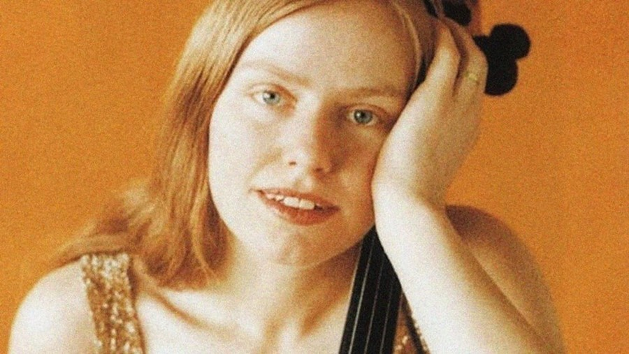 A Tribute to the Most Talented Female Cellist of All Time