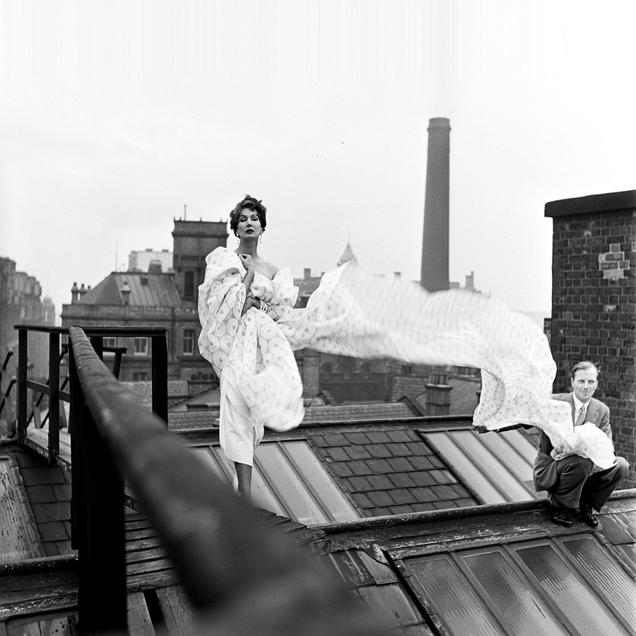 Barbara-Goalen-on-the-roof-of-Whitworth-&-Mitchell