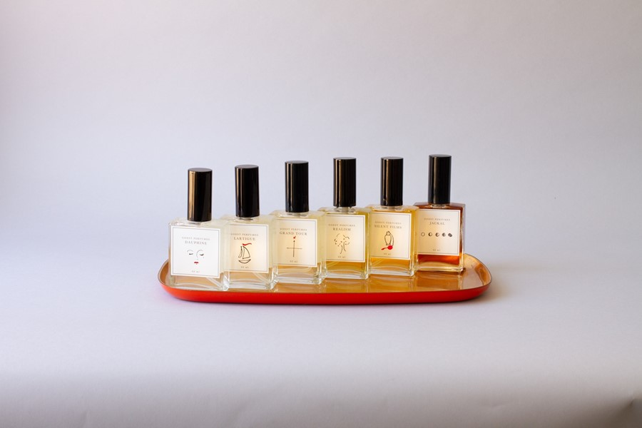 perfume un-cropped-8
