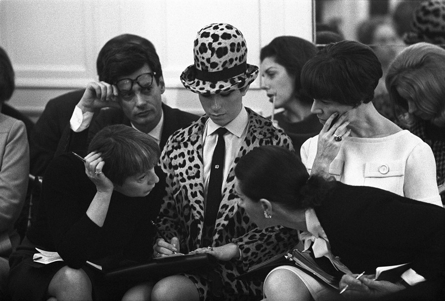 The 1960s Trip to Paris Which Saw Barbra Streisand Become a Couture Client