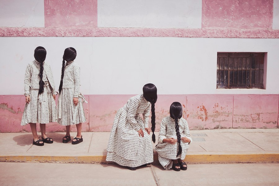 'La Espera' (The Waiting) by Lucia Cuba, 2013 (cou